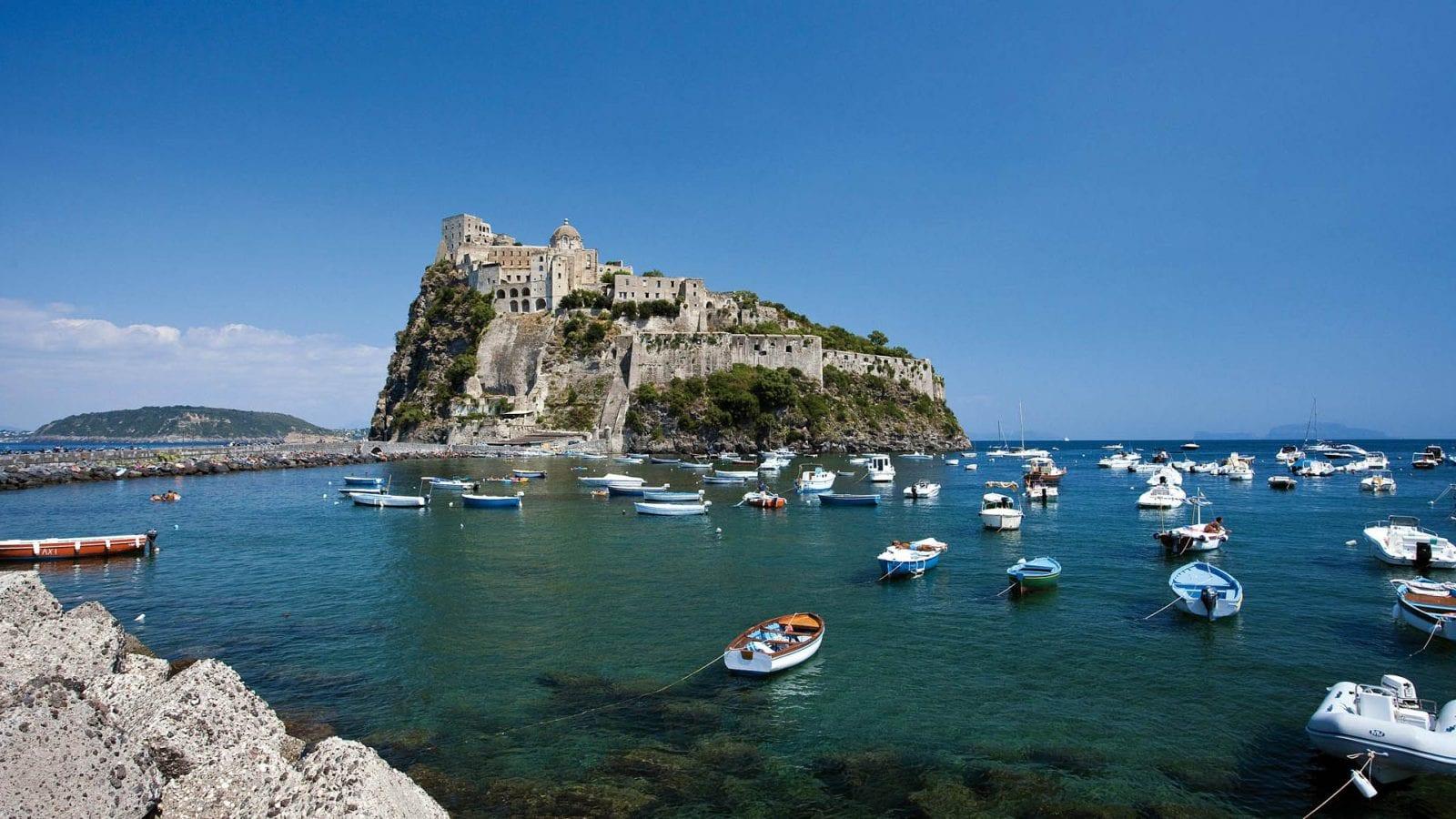 Искья: Зеленый остров Неаполитанского залива