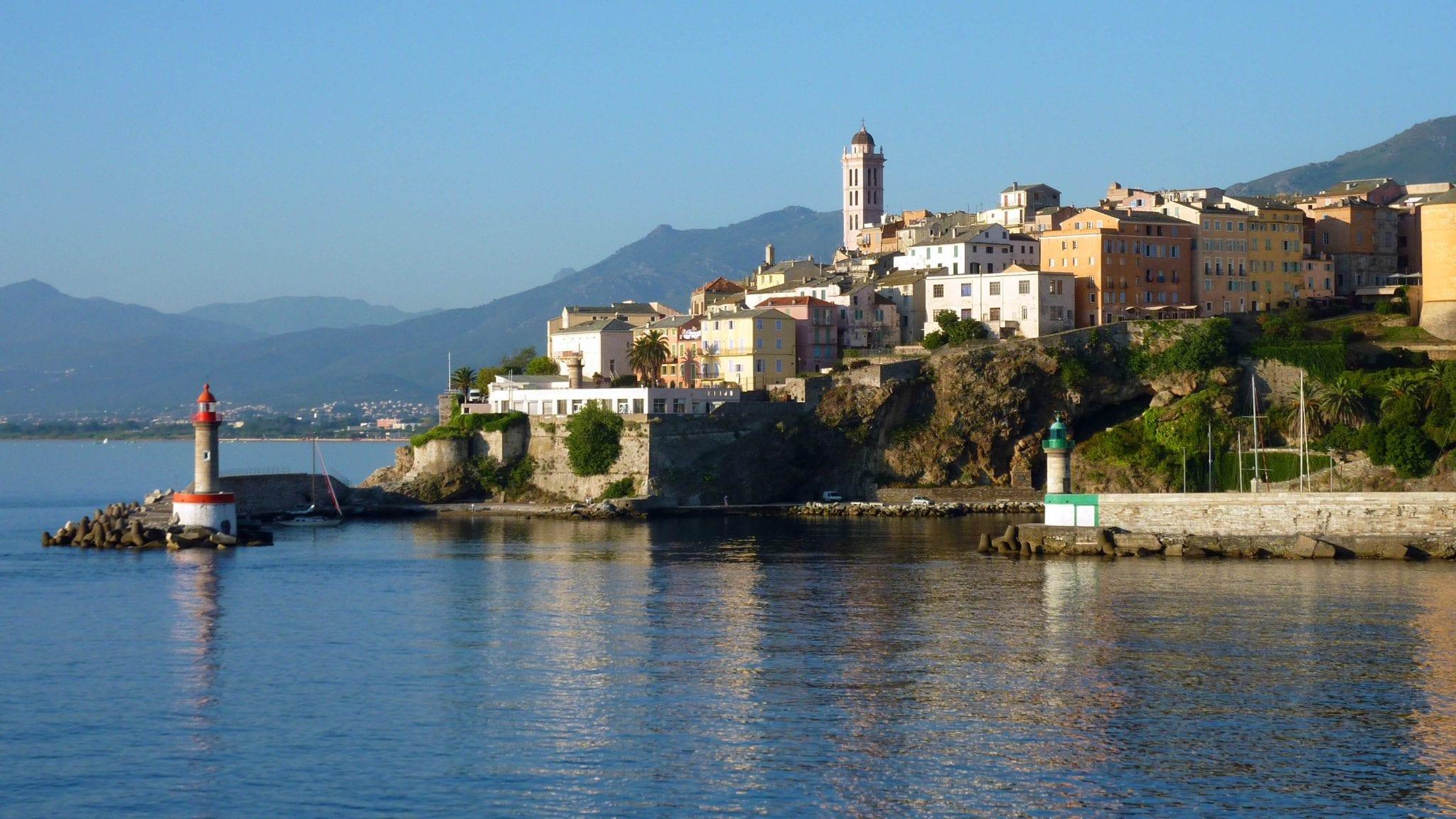 Бастия: Сказочный берег и природа Корсики