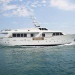 mrs-white-yacht-pic_002