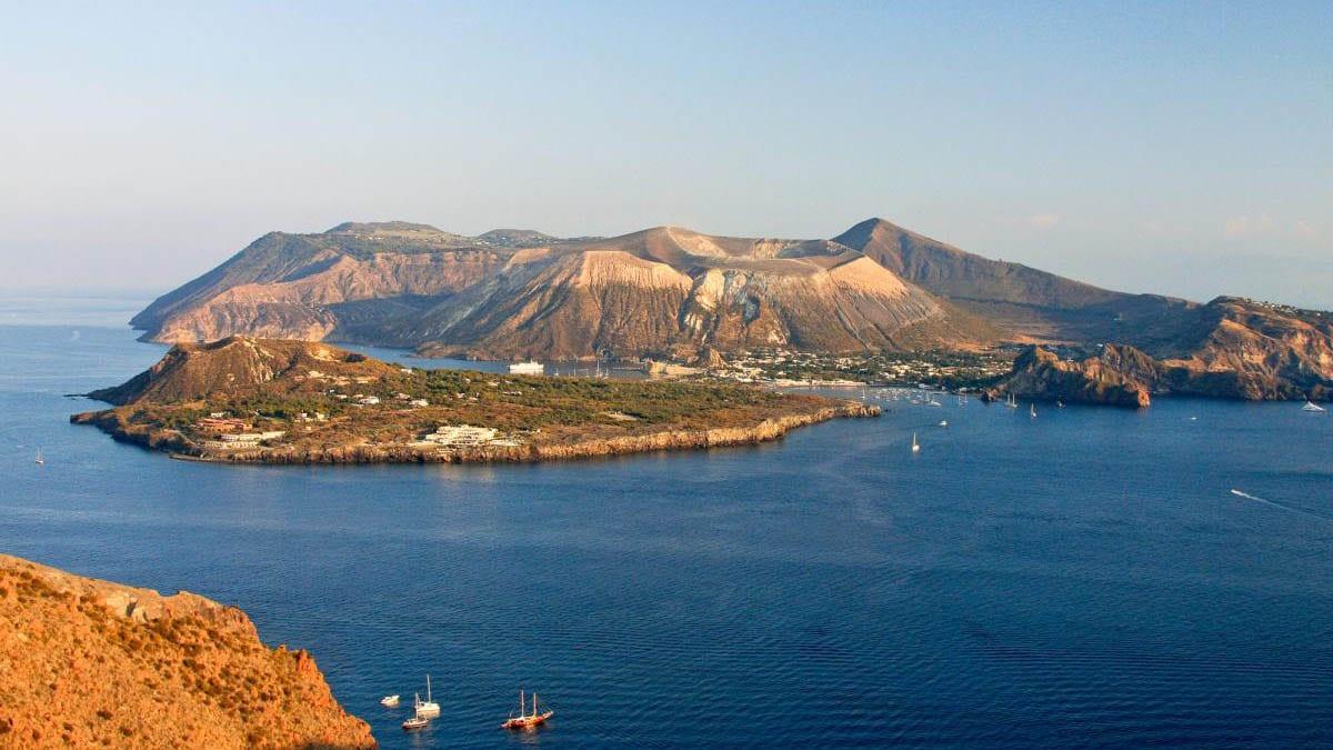 Вулькано: Дикая красота и оздоровительные силы природы Липарийского архипелага