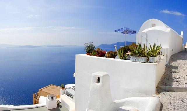 Чартер яхт в Греции и на греческих островах: Гармоничное сочетание истории и моря