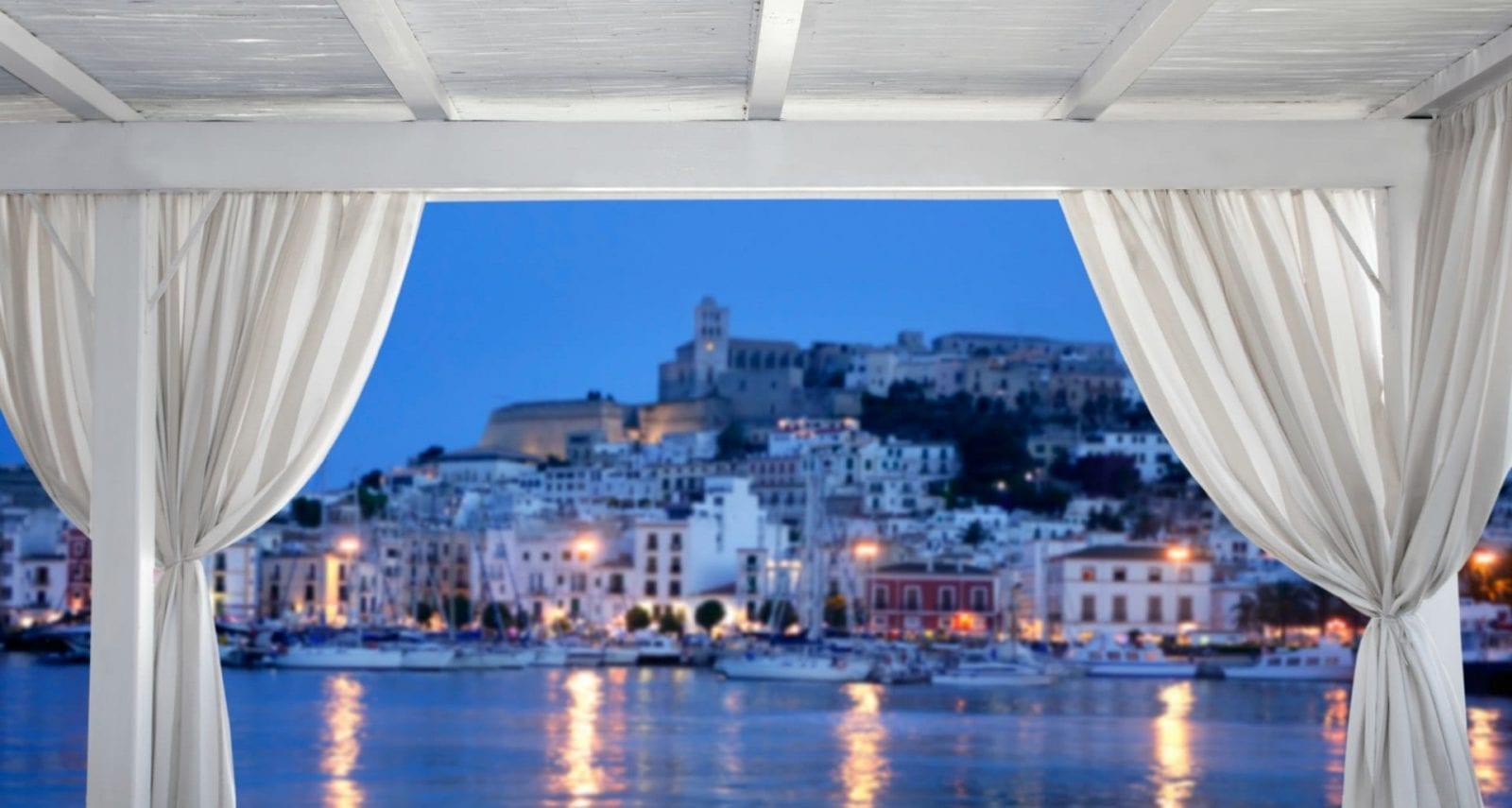 Чартер яхт на Мальорке и Ивисе: В окружении восхитительной природы и отличных развлечений