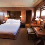 akhir-element-140-luxury-yacht-charter-0006