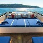 akhir-element-140-luxury-yacht-charter-0015