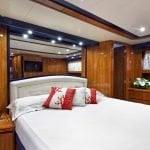 aqva-alalunga-72-yacht-0000