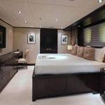 carpe-diem-trinity-yachts-luxury-yacht-charter-0013