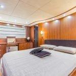 octavia-sunseeker-luxury-yacht-charter-0000