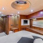 octavia-sunseeker-luxury-yacht-charter-0008