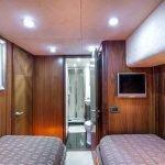 octavia-sunseeker-luxury-yacht-charter-0014