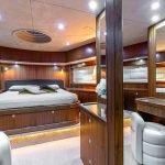 octavia-sunseeker-luxury-yacht-charter-0017
