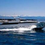 sunlinerx-siar-moschini-luxury-yacht-charter-0003