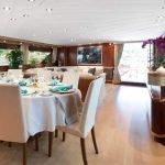 sunlinerx-siar-moschini-luxury-yacht-charter-0007
