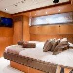 sunlinerx-siar-moschini-luxury-yacht-charter-0012