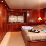 yacht-charter-italy-terranova-popotine-rome-naples-capri-sardinia-12