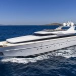 alexia-av-yacht-pic_001