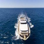 alexia-av-yacht-pic_003