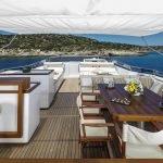 alexia-av-yacht-pic_010