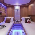 paris-a-yacht-pic_040
