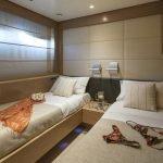rini-V-yacht-pic_036