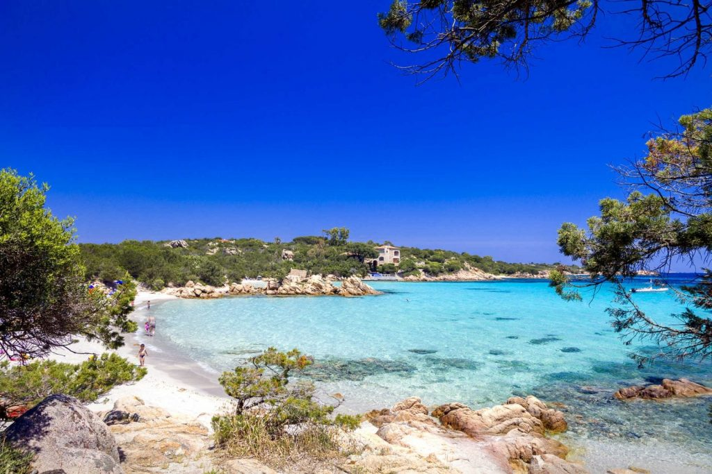 arzachena capriccioli spiagge sardegna yacht