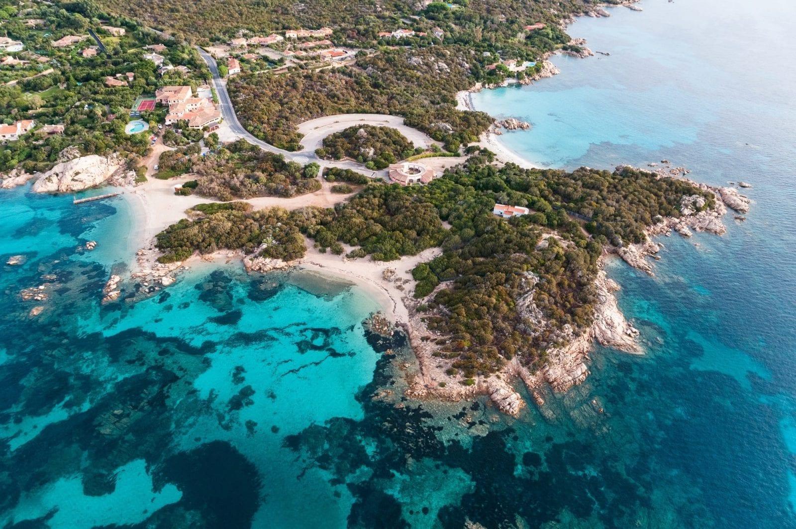 La Costa Smeralda in 7 giorni a bordo di uno yacht