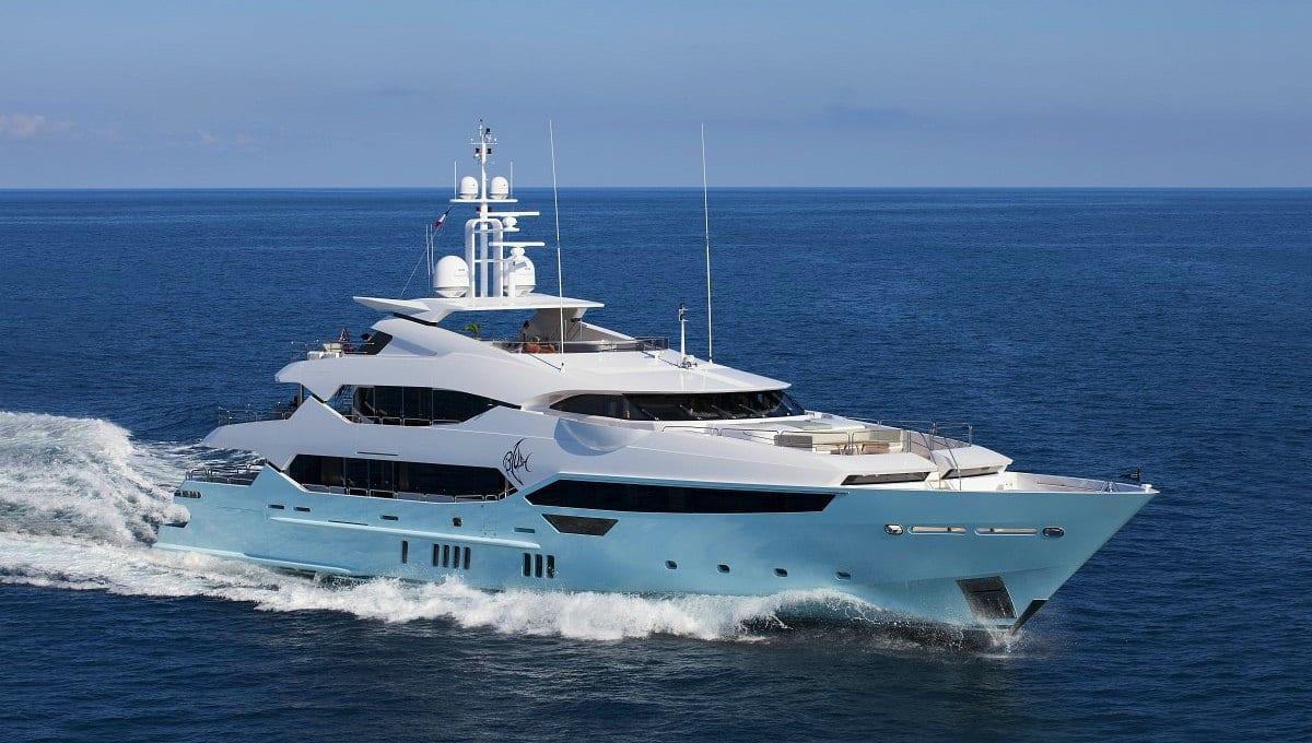 Charter di lusso: una vacanza esclusiva a bordo di uno yacht