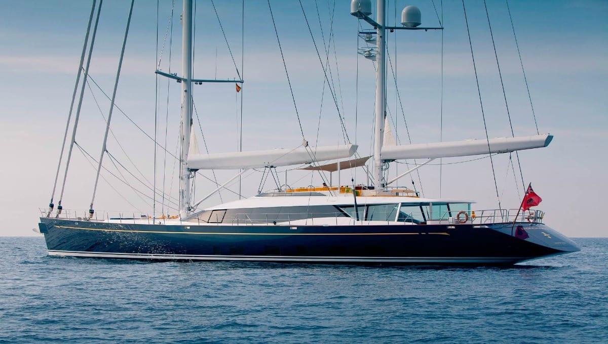 Parti con uno yacht a vela per destinazioni da sogno