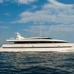 pas-encore-yacht-pic_001