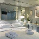 o-natalina-sun-yacht-pic_020