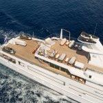 o-natalina-sun-yacht-pic_041
