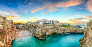 Italia in yacht a noleggio: 4 luoghi da vedere sulla costa adriatica