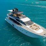 lucky-yacht-charter-02
