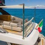 lucky-yacht-charter-03