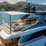 lucky-yacht-charter-04