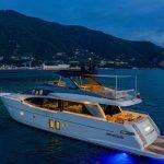 lucky-yacht-charter-11