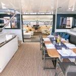 Santorini-Yacht-08