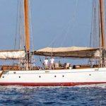 Puritan-Yacht-10