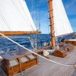 Puritan-Yacht-14
